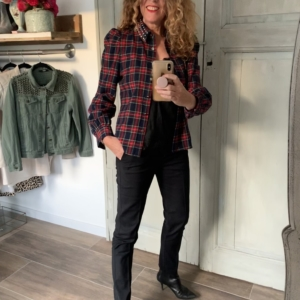 geruiten dames blouse met studs zwarte baggy broek Your personal shopper