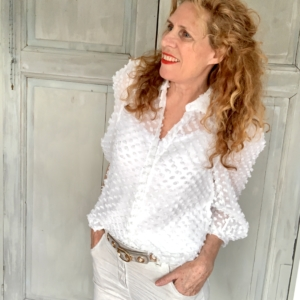 witte overhemd blouse met pofmouw Your Personal Shopper