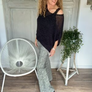 zwarte kanten linten top flared broek met print your personal shopper