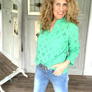 Groene broderie damesblouse Your Personal Shopper