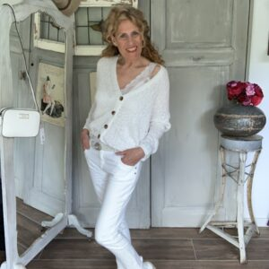 Amor trust and truth off white skinny mid waist jeans Your Personal Shopper